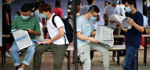 China's official surveyed urban unemployment rate peaked at 6.2 per cent in February but moderated to 5.9 per cent, or 27 million unemployed, in May. © Xinhua