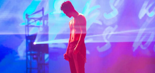 Taiwanese pop star Eric Chou's sold-out concerts at the Taipei Arena in Taipei last weekend gave fans an insight in what live gigs are going to be like during the coronavirus era. Once inside, things were pretty normal, face masks aside, but they ran a gauntlet of health measures just to get in. © DR