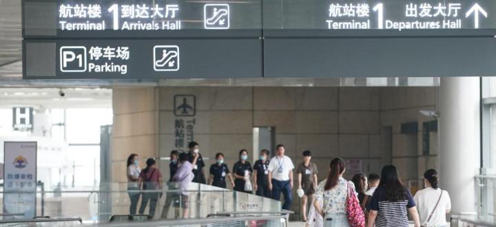 Des voyageurs à l'aéroport de Nanjing, le 29 juillet 2020 en Chine. © JI CHUNPENG / XINHUA
