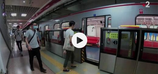 """capture d'écran du reportage """"Covid-19 : contamination express dans un bus chinois"""". © France 2"""