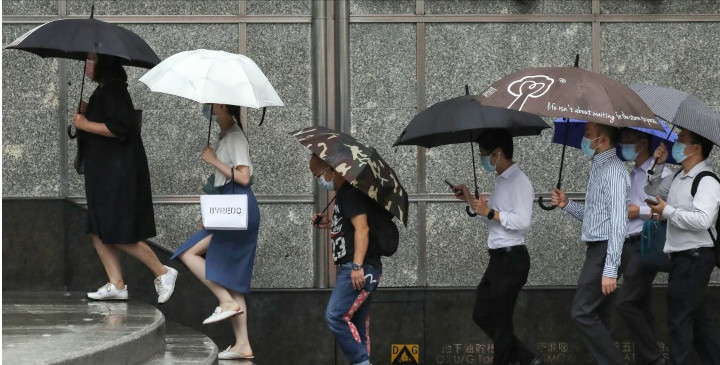 Hong Kong's economy has taken a hammering because of the pandemic. © Nora Tam