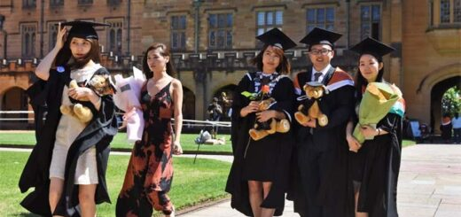 Chinese students, seen here at Sydney University, are increasingly looking to attend domestic schools rather than go abroad, as the coronavirus and strained relations have made overseas educations less appealing. © AFP