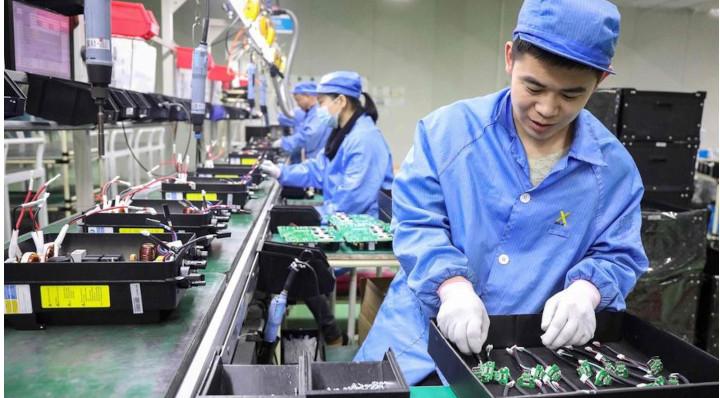 La Chine pourrait devenir la première puissance mondiale plus rapidement que prévu. © AFP/STR