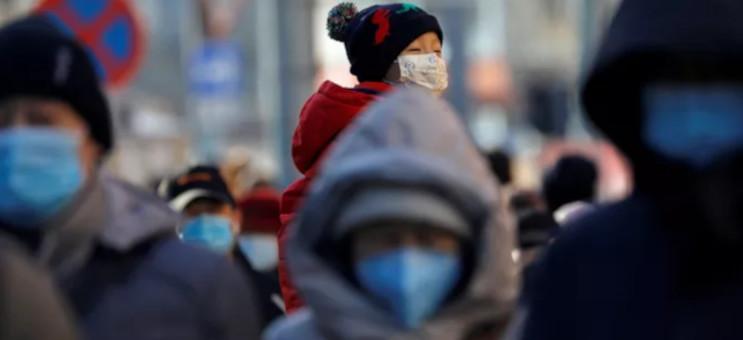 480.000 personnes auraient été contaminées par le Covid à Wuhan contrairement aux 50.000 annoncées. © TINGSHU WANG / REUTERS