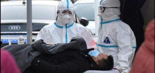 A l'entrée d'un hôpital à Pékin, 13 janvier 2021. © Greg Baker/AFP