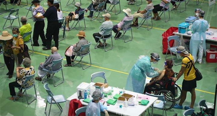 Comme ici à New Taipei, la vaccination des personnes âgées contre le Covid-19 a débuté le 15 juin à travers tout Taiwan. @ CNA